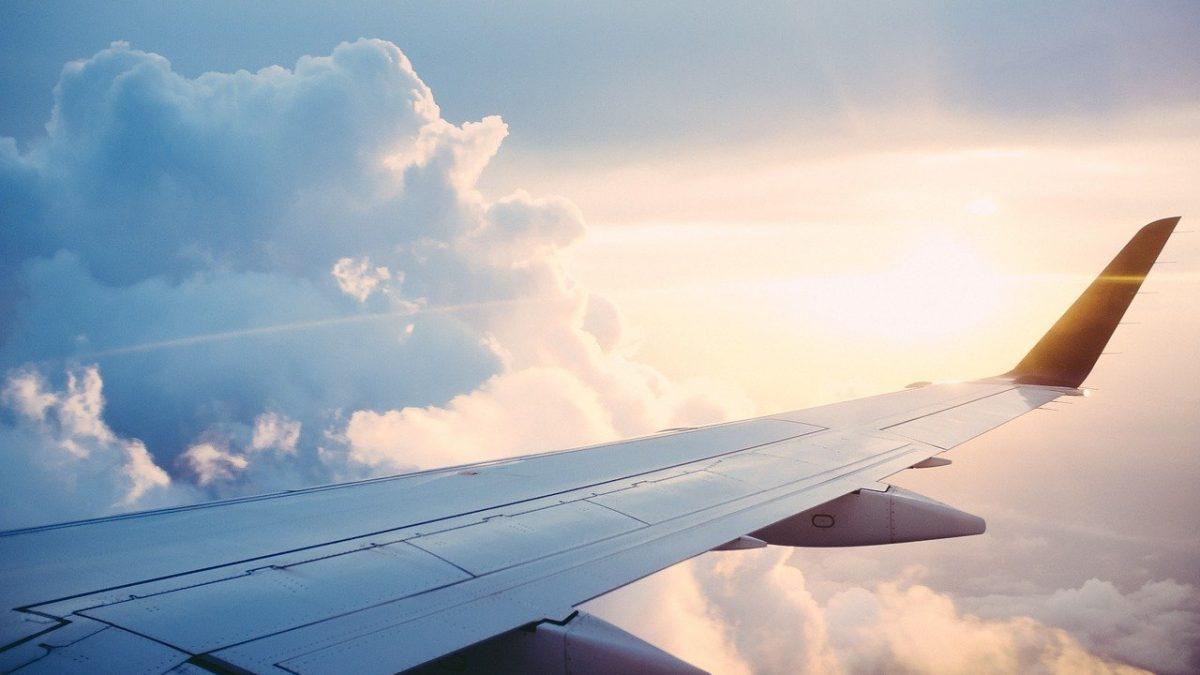 Jak zrezygnować z wakacji wykupionych w biurze podróży
